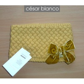 Cesar Blanco Winter Girl Scarf Ocher