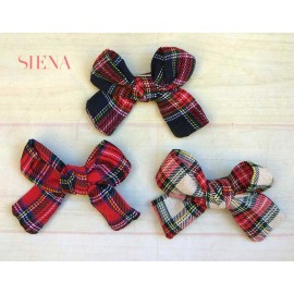 Siena Girl Pin with Scottish Lace