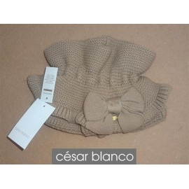 Cesar Blanco Winter Girl Scarf Camel