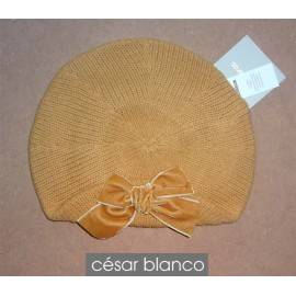 Cesar Blanco Winter Girl Beret Ocher