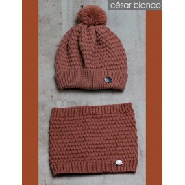 Cesar Blanco Winter Girl Hat and Scarf Dark Orange